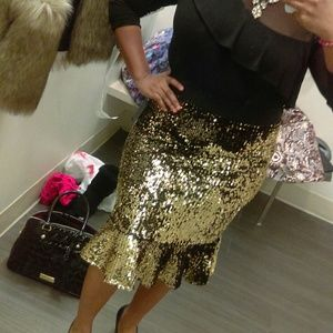 Thalia Sodi Skirts - Gold Sequin Thalia Sodi Mermaid Skirt (sz10-16)